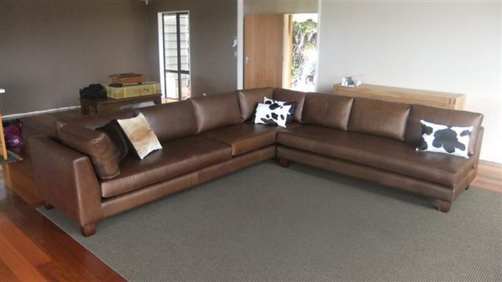 Leather Loung Suite with Wooden Legs