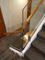 Handrail Bend on Glass