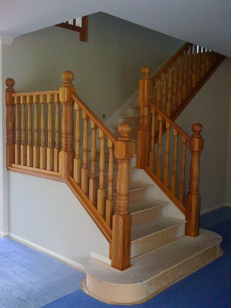 Rimu Turned Balustrade with Large Posts