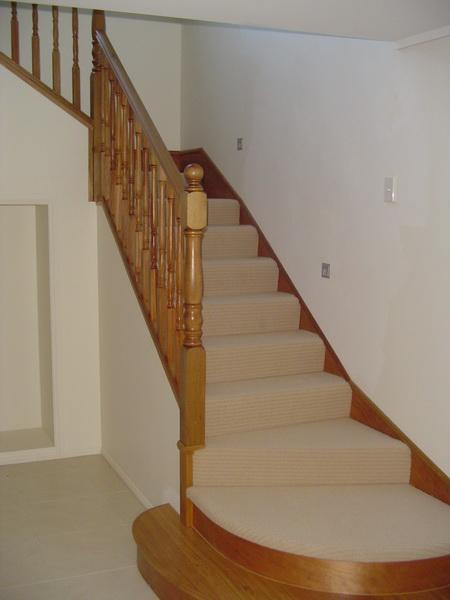 Turned Wooden Colonial Balustrade